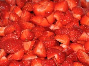 lage jordbærsyltetøy uten koking